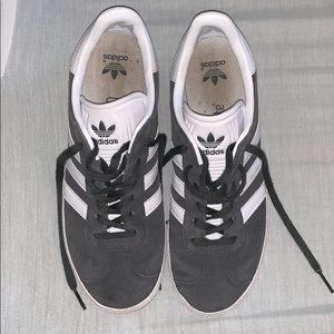 Adidas gazelle in great used condition